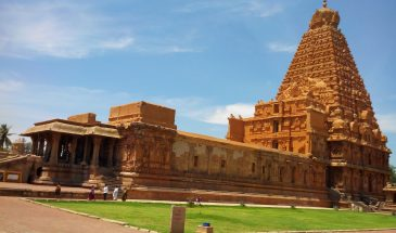 Brihadeshwara_Temple,_Thanjavur,_Tamil_Nadu,_India